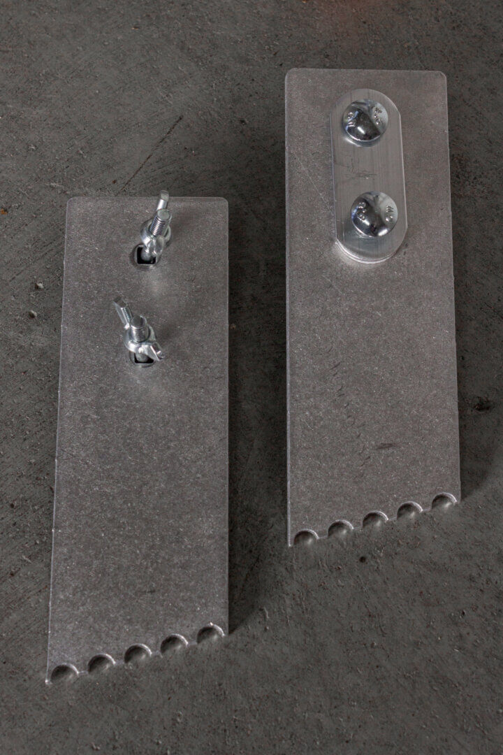 Swivel spikes for extension ladders - Suomi-Tikas Oy