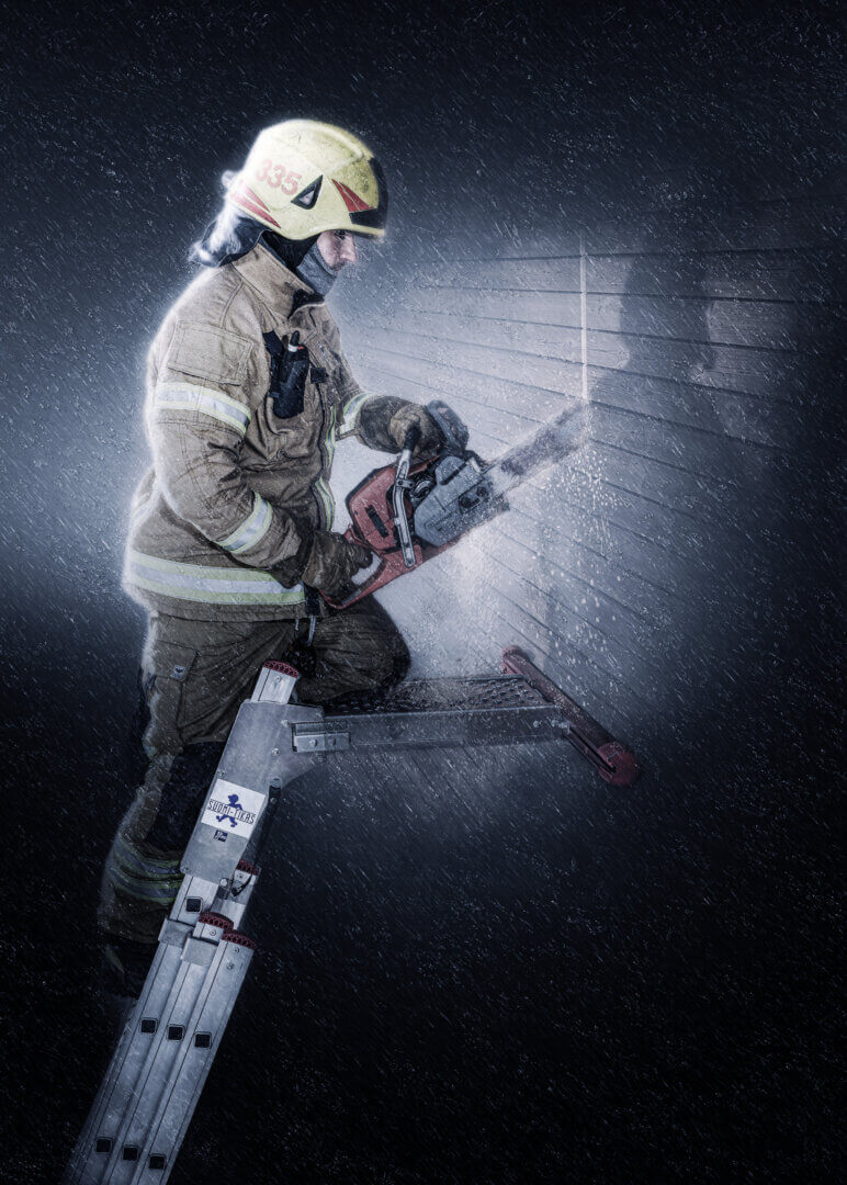 Firefighters wall support - Suomi-Tikas Oy
